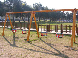 Infants wooden swing 4 seats